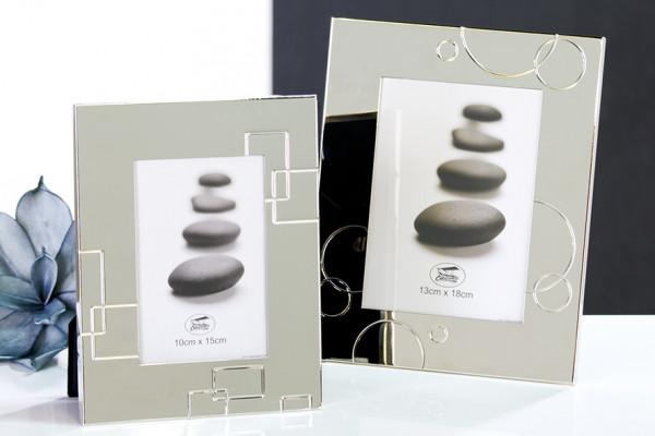 2 Stück Fotorahmen Bilderrahmen SHINE silber Höhe 23 cm Breite 18 cm für Bilder 10x15 und 13x18 cm