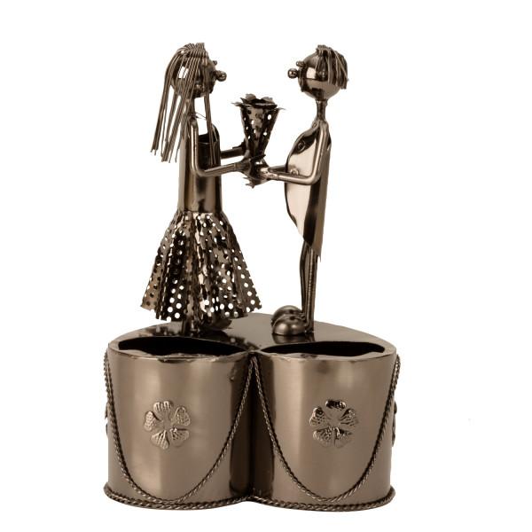 Moderner Weinflaschenständer Flaschanhalter Paar mit Blumenstrauß aus Metall silber Höhe 28 cm